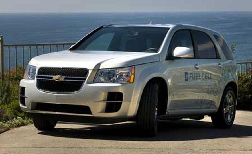 2008 Chevrolet Equinox Fuel Cell - Slide 1