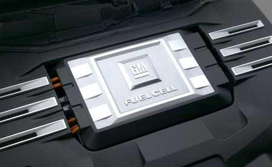 2008 Chevrolet Equinox Fuel Cell - Slide 5