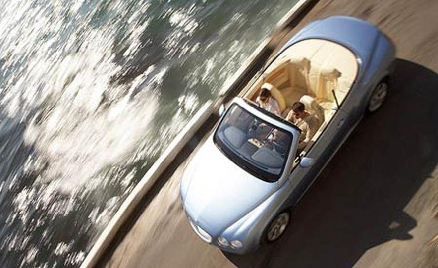 2007 Bentley Continental GTC Convertible - Slide 8