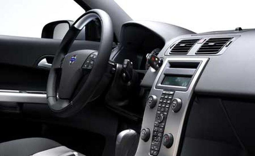 2007 Volvo C30 - Slide 10