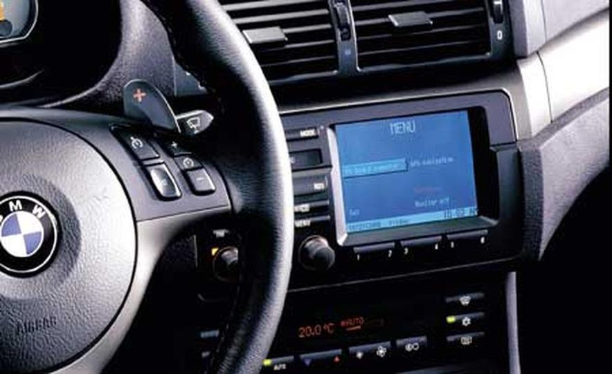 2006 BMW M3 3.2-liter inline-6 engine - Slide 3