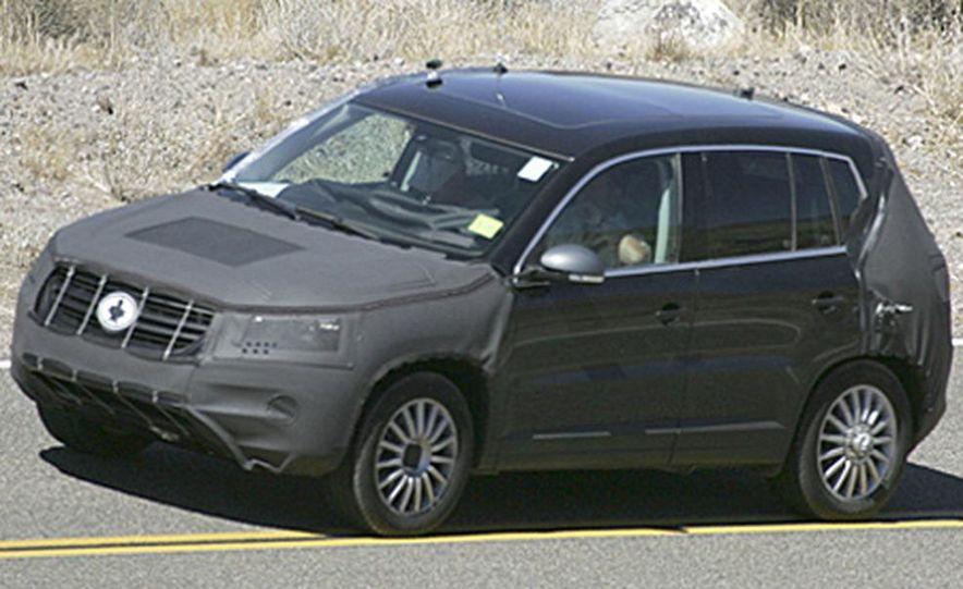 2008 Volkswagen Tiguan - Slide 1