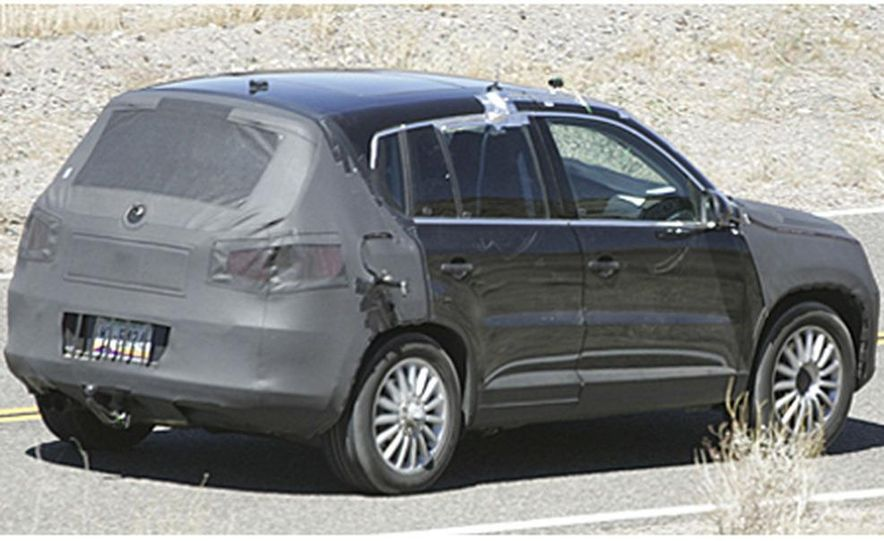 2008 Volkswagen Tiguan - Slide 2