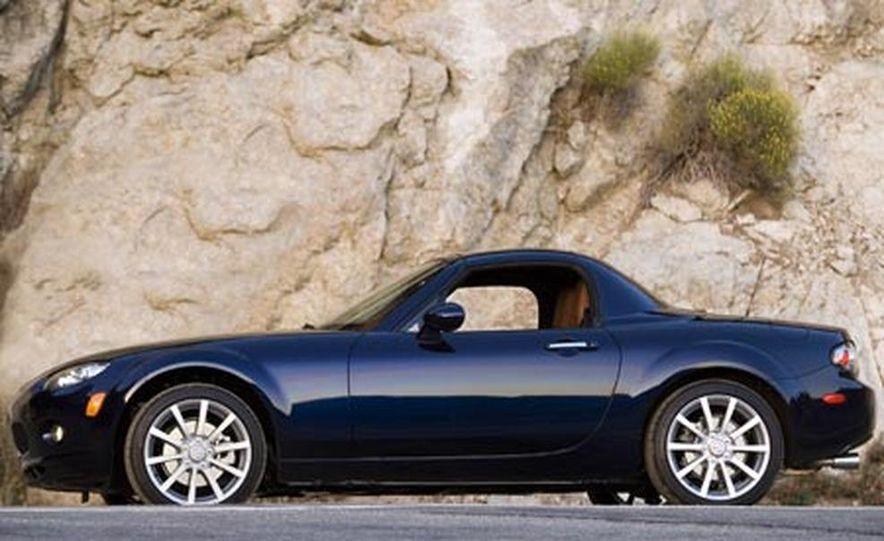 2007 Mazda MX-5 Miata Hardtop - Slide 15