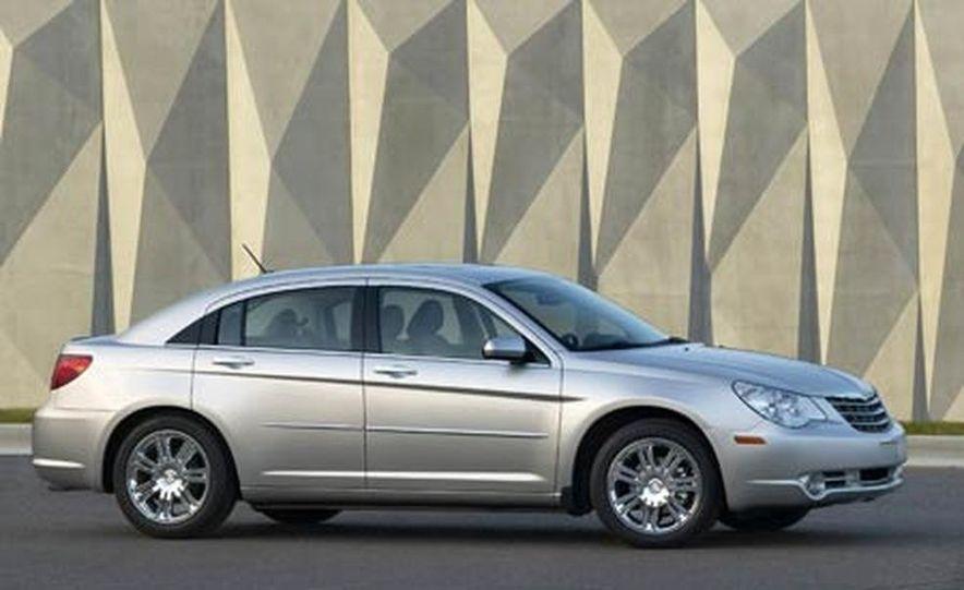 2007 Chrysler Sebring - Slide 5
