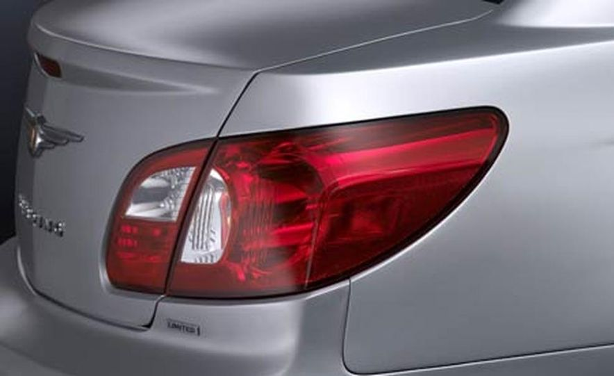 2007 Chrysler Sebring - Slide 15