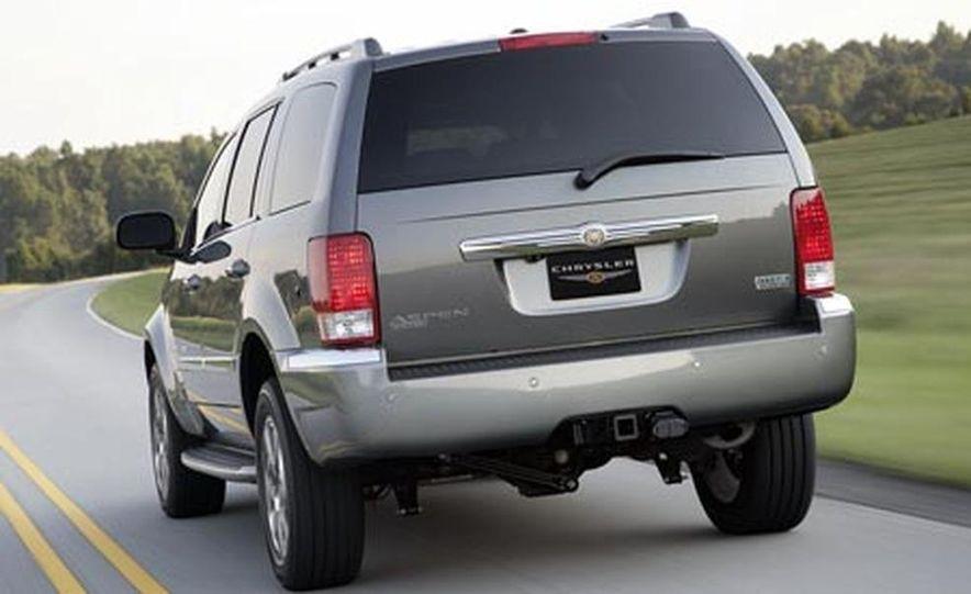 2009 Chrysler Aspen hybrid - Slide 4