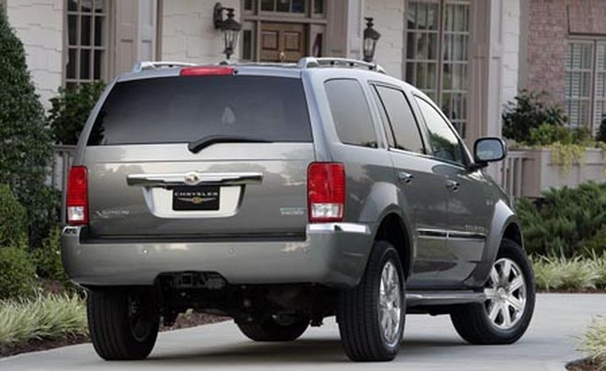 2009 Chrysler Aspen hybrid - Slide 6