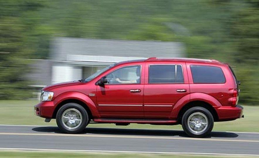 2009 Chrysler Aspen hybrid - Slide 7