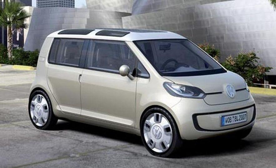 Volkswagen Space Up! Blue concept - Slide 1
