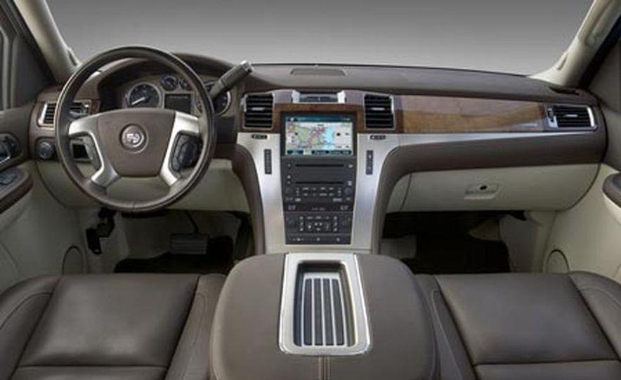 2009 Cadillac Escalade Platinum - Slide 7