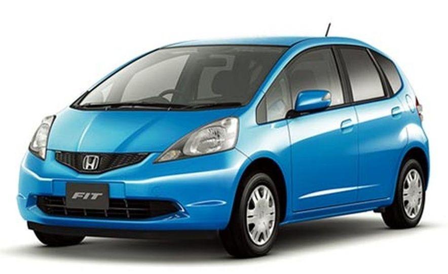 Japanese-market 2008 Honda Fit - Slide 1