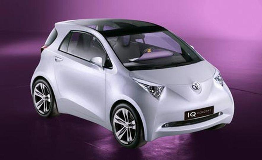Toyota iQ concept - Slide 3