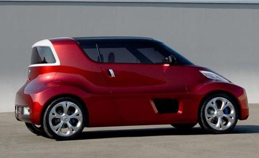Nissan Round Box concept - Slide 9