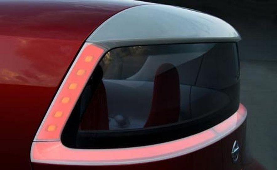 Nissan Round Box concept - Slide 17