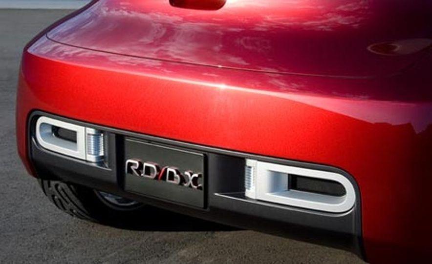 Nissan Round Box concept - Slide 18
