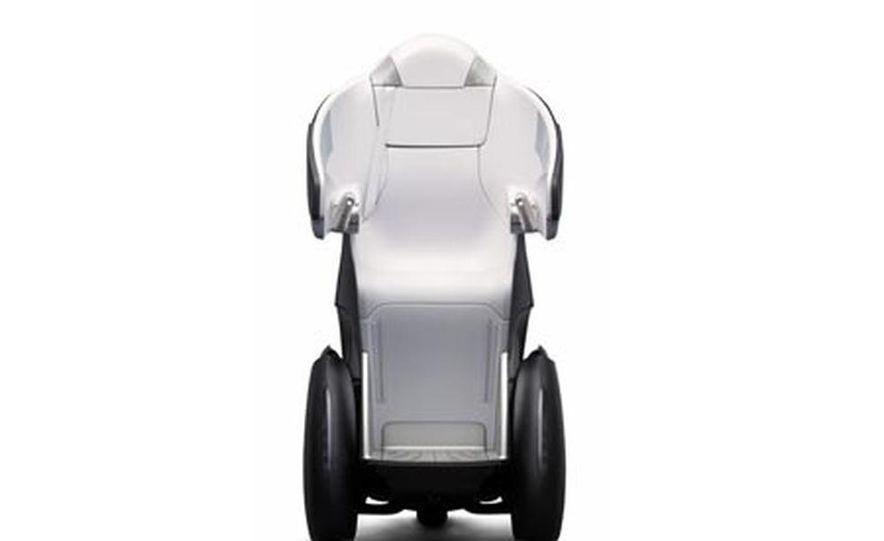 Toyota i-Real concept - Slide 1