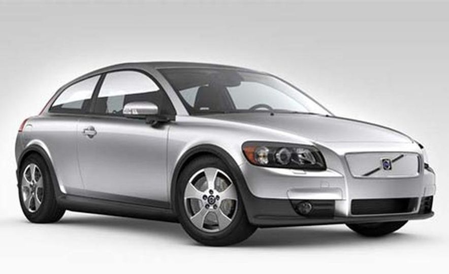 2008 Volvo C30 Efficiency - Slide 1