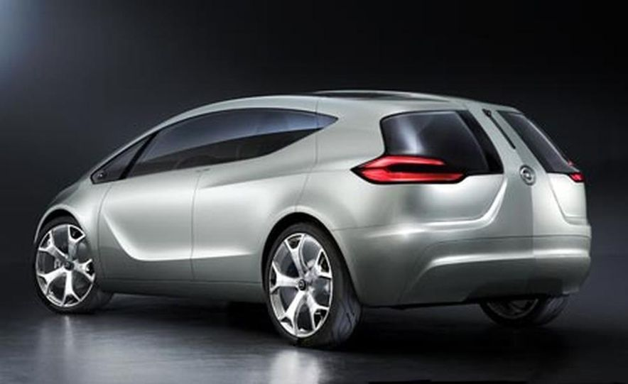 Opel Flextreme concept - Slide 1