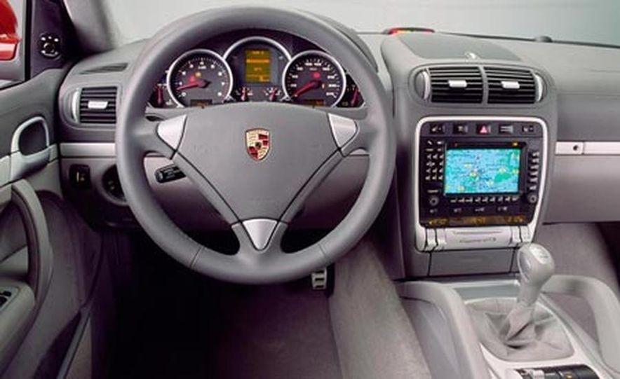 2009 Porsche Cayenne GTS - Slide 7