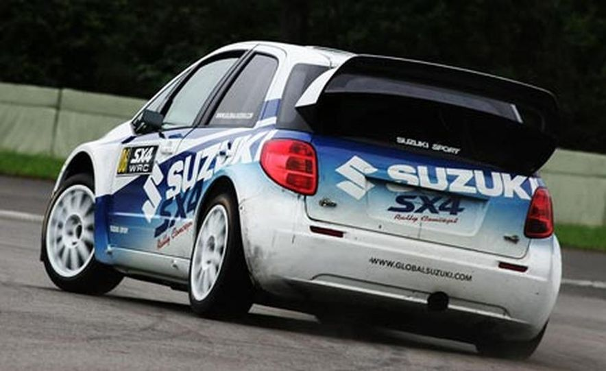 Suzuki SX4 WRC Rally Car - Slide 3