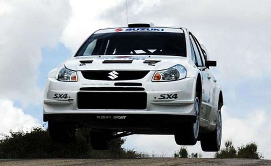 Suzuki SX4 WRC Rally Car - Slide 8
