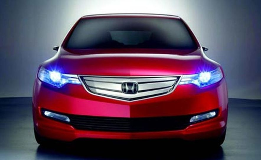 Honda Accord Tourer concept - Slide 1