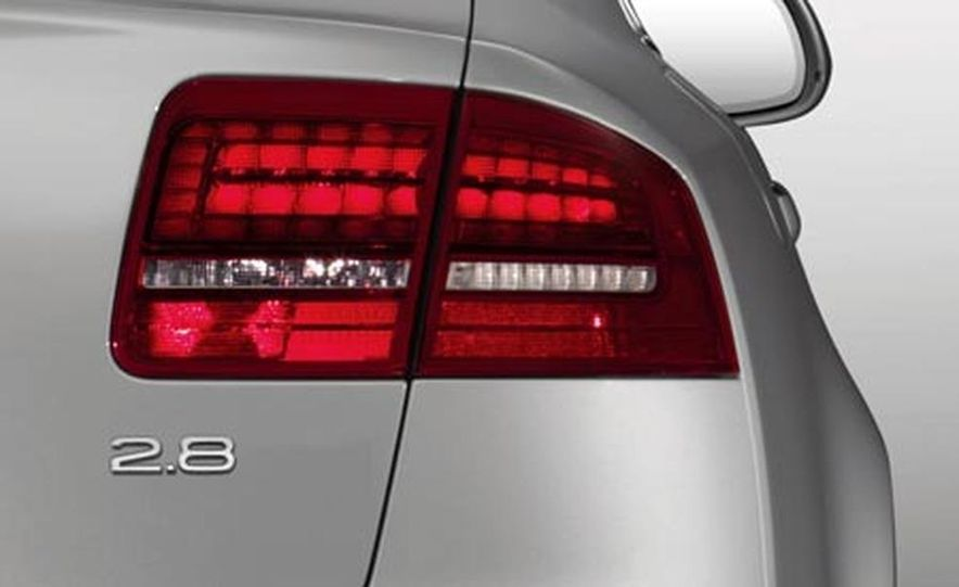 2008 Audi A8 - Slide 12