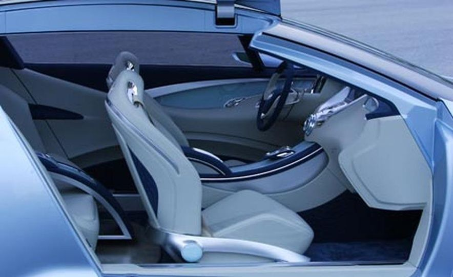 Buick Riviera concept - Slide 12