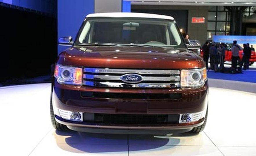 2009 Ford Flex - Slide 4