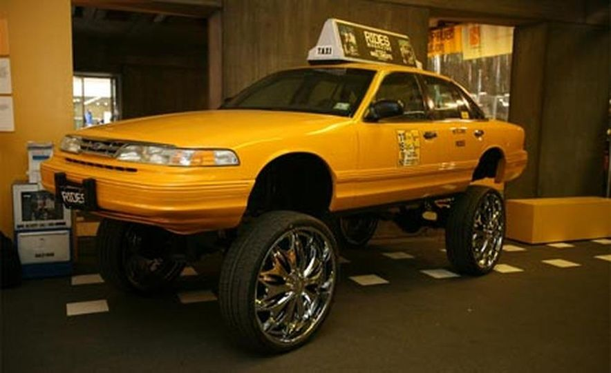 1996 Ford Crown Victoria Donk Taxi - Slide 1