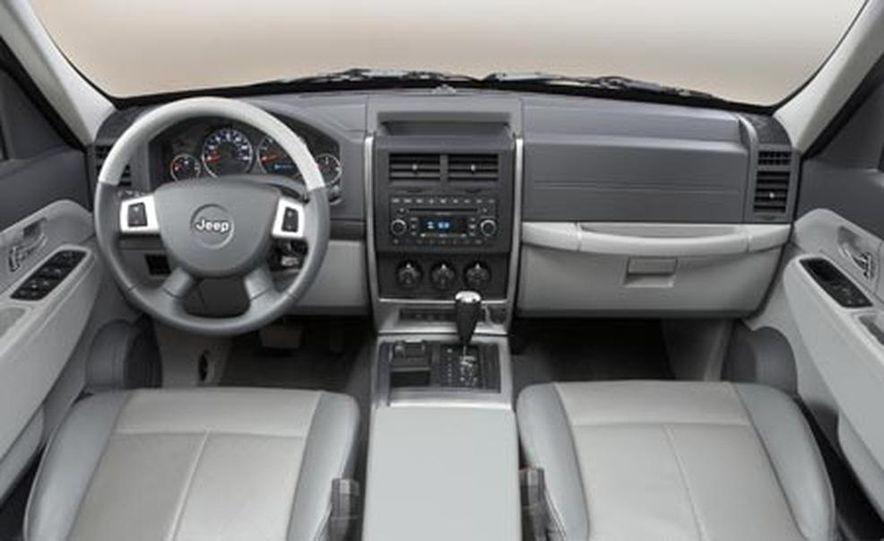 2008 Jeep Liberty - Slide 15