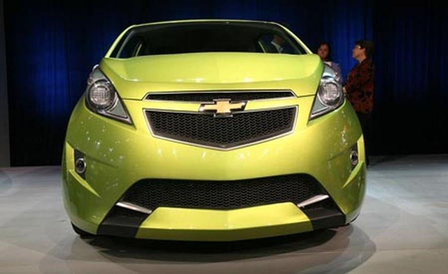 Chevrolet Beat concept - Slide 1