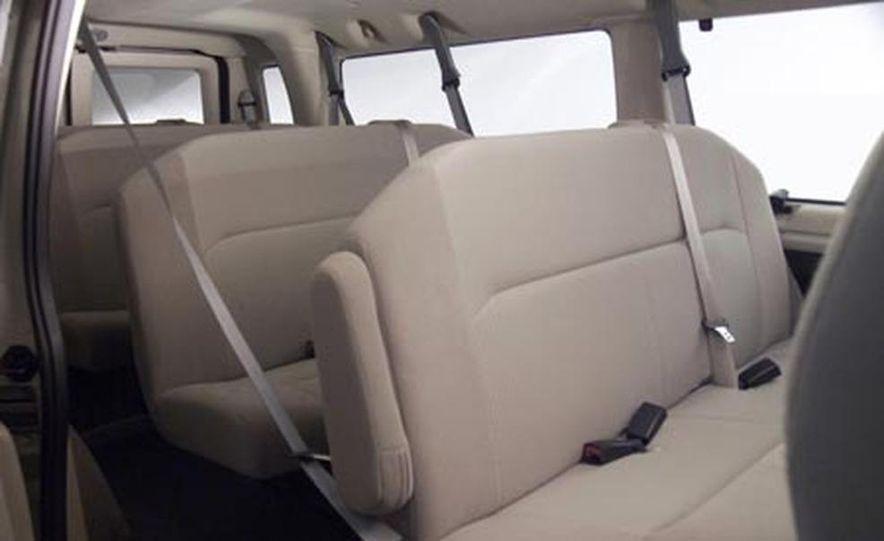 2008 Ford E-series - Slide 22