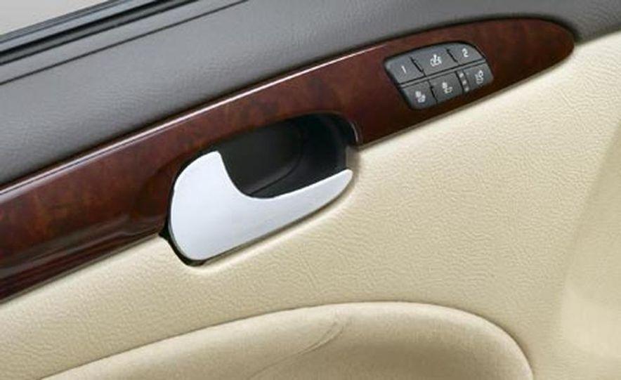 2008 Buick Lucerne Super - Slide 12