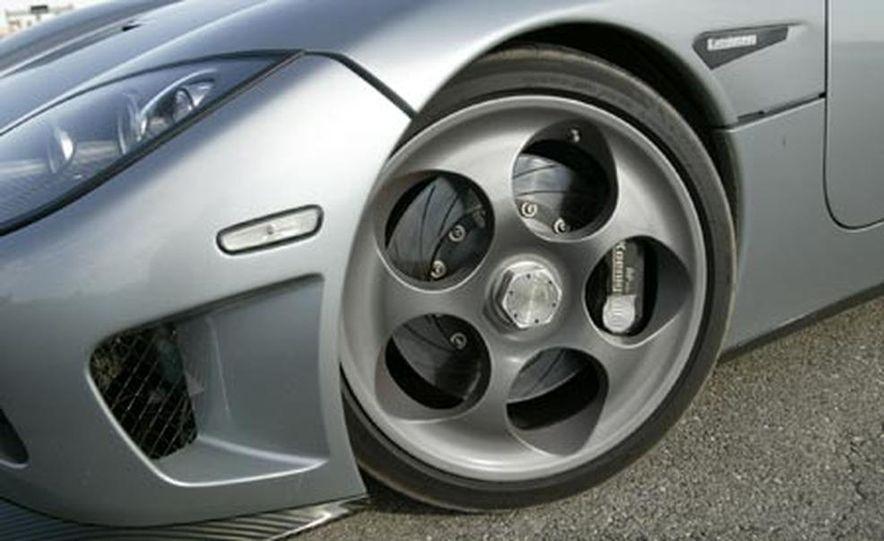 2006 Koenigsegg CCX - Slide 17