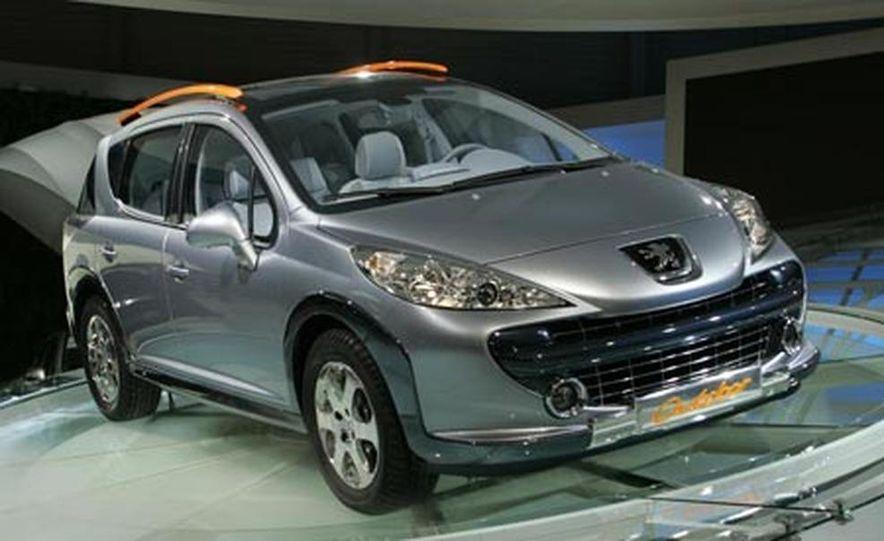 Peugeot 207 SW Outdoor concept - Slide 4