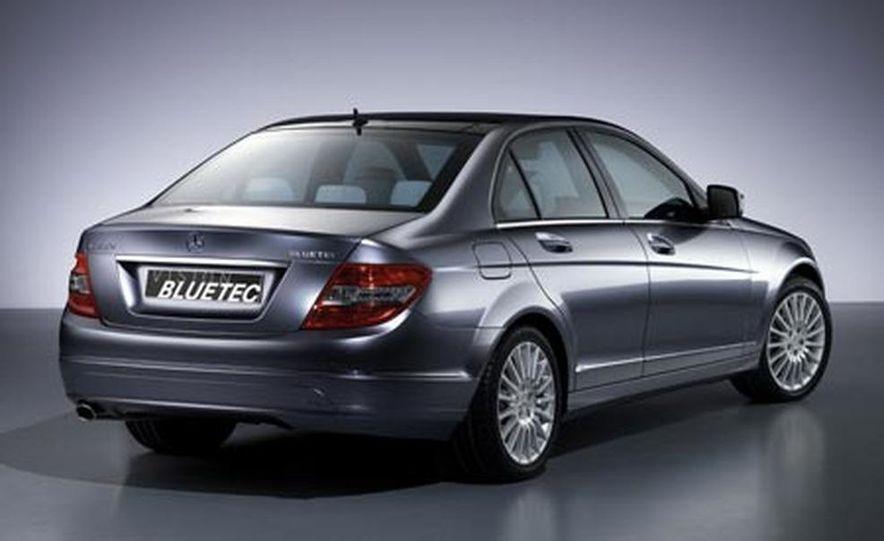 Mercedes-Benz C220 Bluetec concept - Slide 1