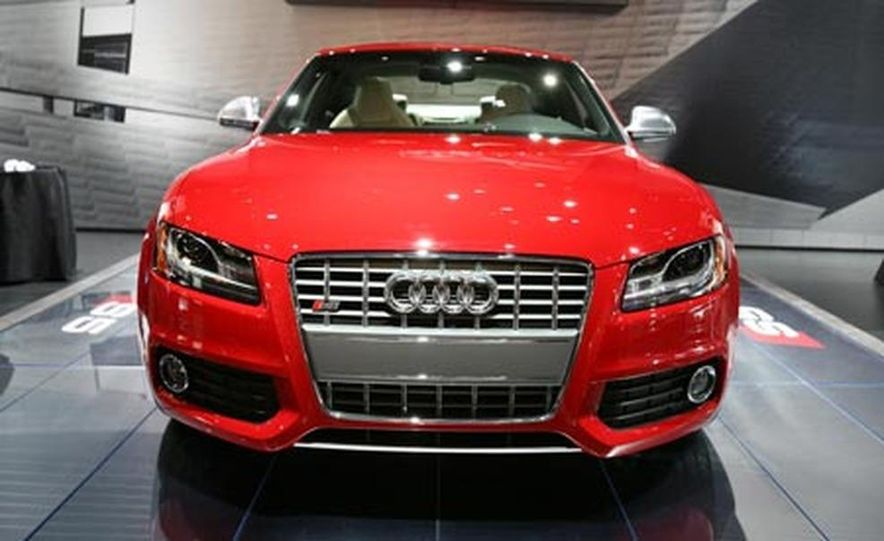 2008 Audi S5 - Slide 1