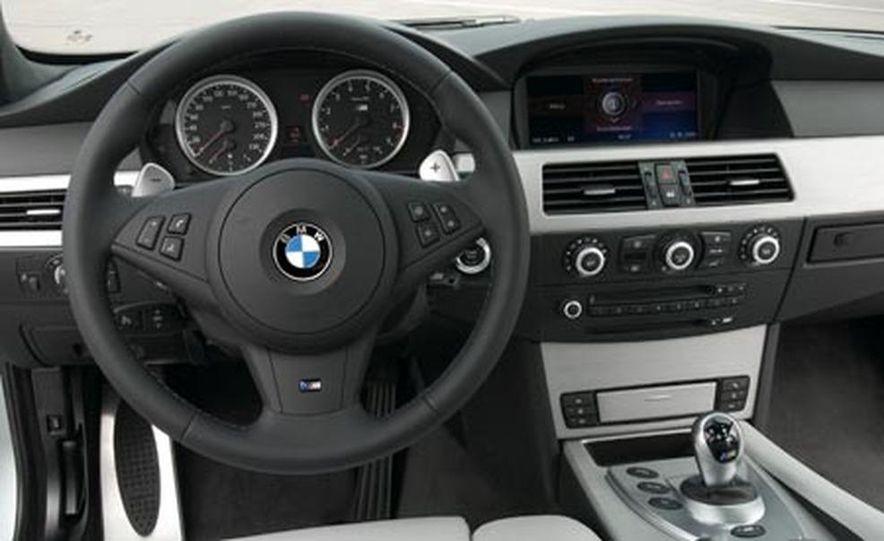 2008 BMW M5 Touring - Slide 8