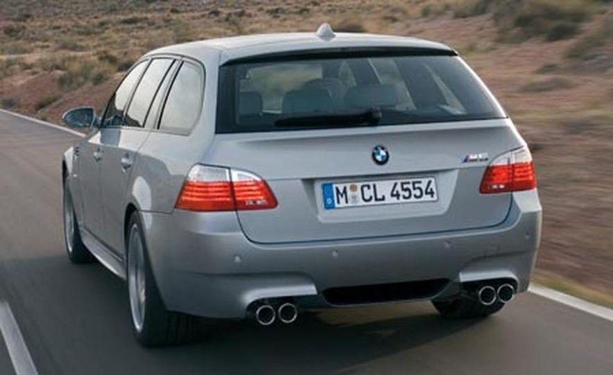 2008 BMW M5 Touring - Slide 2