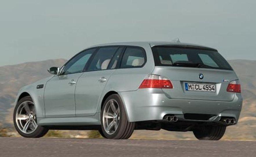 2008 BMW M5 Touring - Slide 4