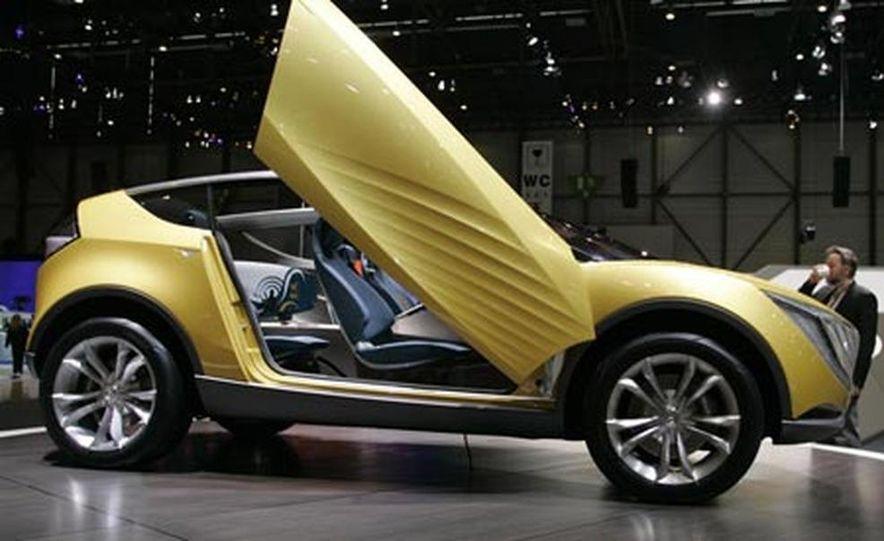 Mazda Hakaze concept - Slide 3