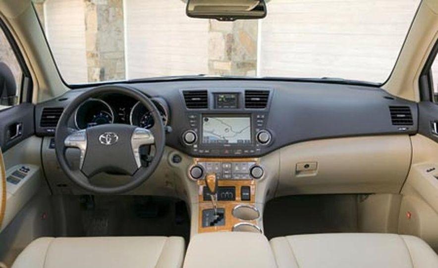 2008 Ford Taurus X - Slide 14