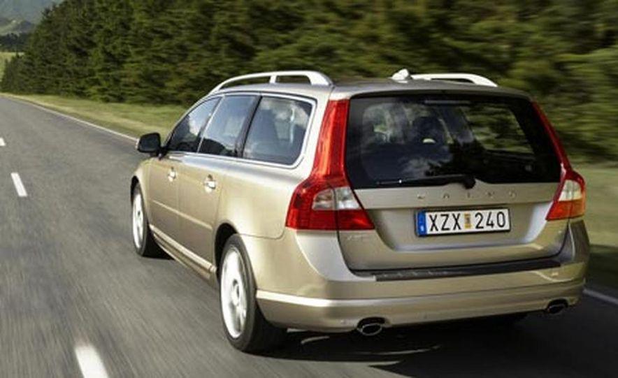 2008 Volvo V70 - Slide 9