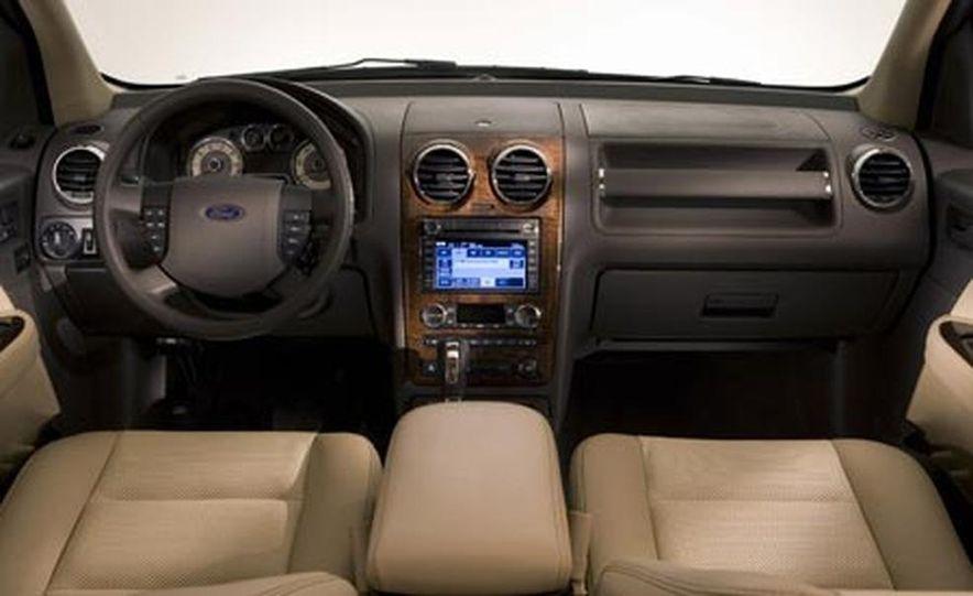 2008 Ford Taurus X - Slide 5
