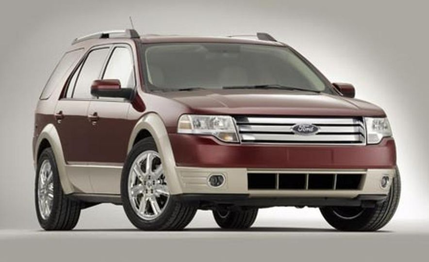 2008 Ford Taurus X - Slide 2