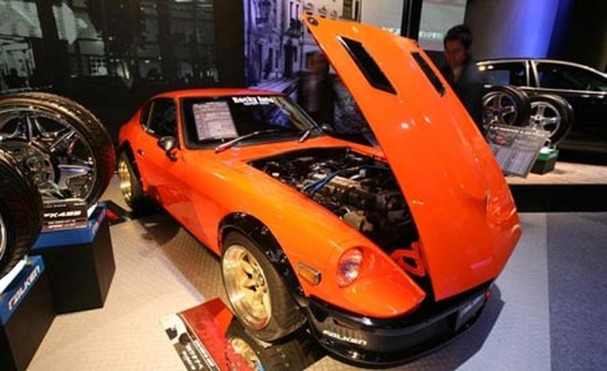 The third-generation Mazda RX-7 was sold in Japan until 2002 (Mazda gave up in the U.S. in 1995), accounting for its continuing popularity in motorsport and with tuners and enthusiasts. - Slide 51