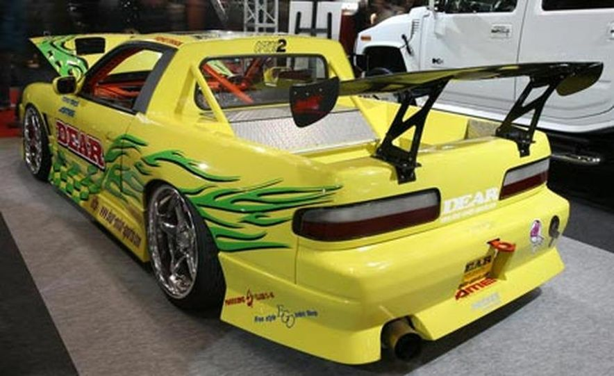The third-generation Mazda RX-7 was sold in Japan until 2002 (Mazda gave up in the U.S. in 1995), accounting for its continuing popularity in motorsport and with tuners and enthusiasts. - Slide 38