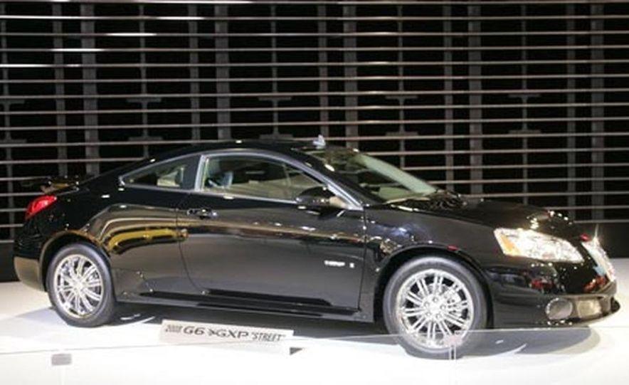 2008 Pontiac G6 GXP - Slide 1